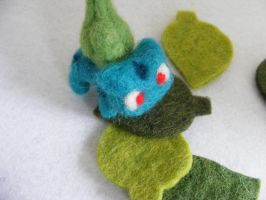 Needle Felted Pokemon by CVDart1990