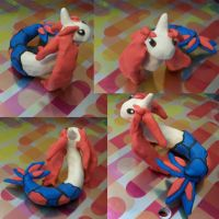 Milotic Mesmerizes Me by iwantcandy2