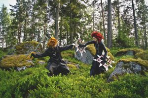 KH: Fighting in the forest by Sandriz