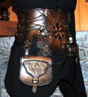 Pirate leather corset by Lagueuse