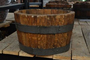 Wooden barrel by re--creation