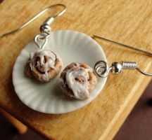 Cinnamon Bun Earrings by fairchildart