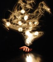 Light Art: Holding Light by ellen92