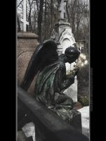 Statue - Crying Angel by HalUet