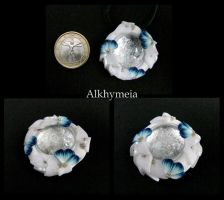 Dew Drop in Blue and White M3 by Alkhymeia