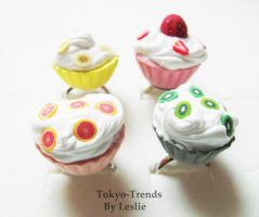 Fruity cupcakes by Tokyo-Trends