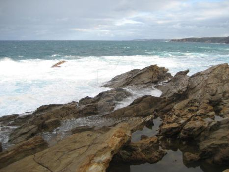 ROCKS AT BERMAGUI, NSW AU by talespin