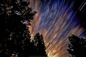 Star Trails 2 by OloS
