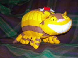 Catbus Plush by banjo-bear