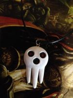 Soul Eater Death Skull Necklace by Gatobob