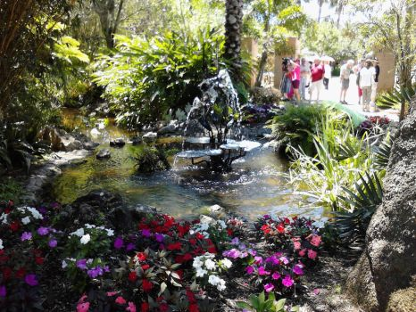Revisiting the Botanical Gardens by VinKage