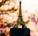 Eiffel bokeh by marjol3in