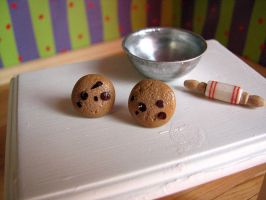 Chocolate Chunk Cookie earring by Miss-Millificent