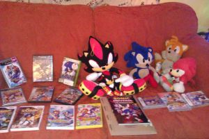 My tiny Sonic stuff collection by HanBot-55