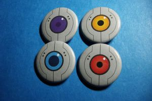 GLaDOS Core Buttons by vickinator