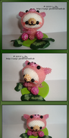 Bear dressed as a pig by Zoey-01