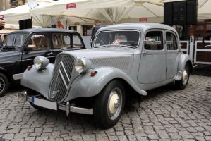 Citroen Traction Avant 11BL 1954 by Abrimaal