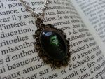 Necklace ''Creepy portrait'' on ETSY by LeslieProngue