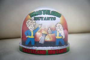 Fallout Snowglobe - Wasteland Mutants by iSeptem
