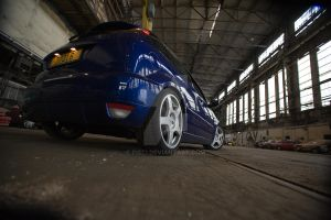 Oversize Ford Focus RS 02 by Pisci