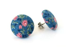 Tiny vintage style stud earrings by KooKooCraft
