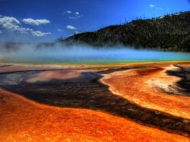 Yellowstone in HDR 10 by draqza