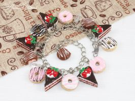 Chocolate bracelet by OrionaJewelry