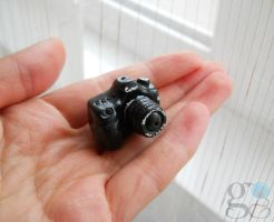 Miniature photo camera by GemDeDude