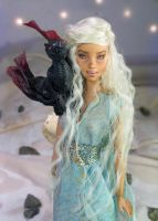 Mother of Dragons Game of THrones by NickiiRose