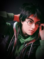 Harry Potter-1 by Qwaseer