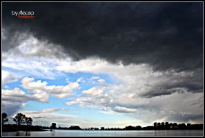 the storm begine... by Alecso