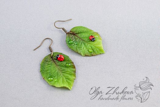 Earrings with green leaves of cold porcelain by polyflowers