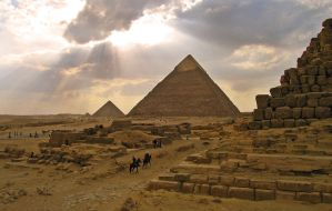 Let there be pyramids by david-rf