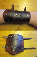 Short scaled bracer by Durnstaros