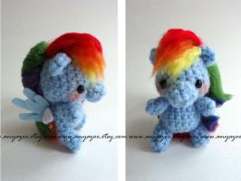 Rainbow Dash Amigurumi by AnyaZoe