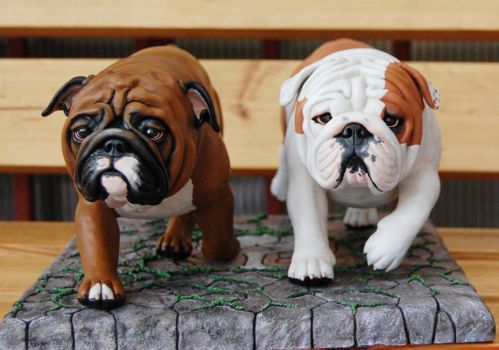 English Bulldogs in motion by Kesa-Godzen