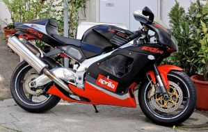 Aprilia V60 RSV Racing by cmdpirxII