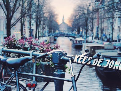 Lost in Amsterdam by perfect-dream