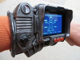 Pipboy 3000 build (side view) by KevlarKatana