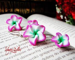 Pink, white and green doubled flowers earrings by Benia1991
