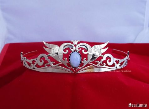 'Princess Serenity' handmade crown by seralune