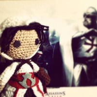 Assasins Creed: Ezio Auditore the crocheted by Ulvkatt
