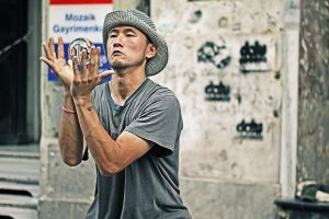 Japanese Street Performer by dincturk