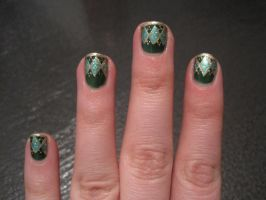 Argyle nail art, alt. lighting by IndigoVelvet