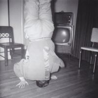 Papa headstand by Ripplin