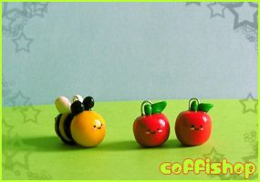 Cute bee + apples by coffishop