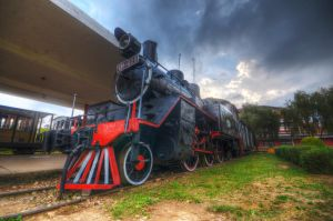 Train HDR by comsic
