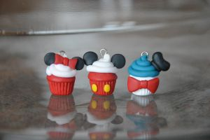 Disney Inspired Cupcakes - Mickey Mouse by SmileyHearts