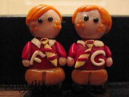 The Weasley Twins Magnets by SugiAi