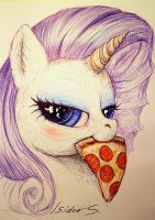Pizza slice by IsidorSwande